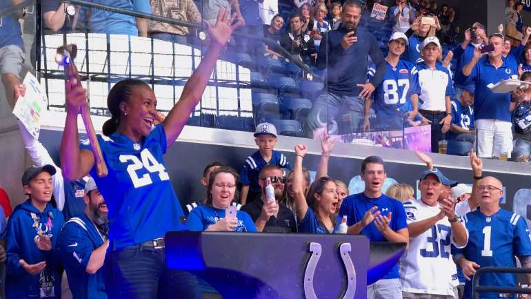 Tamika Catchings Brings Down Hammer And Fires Up Crowd At Colts Game